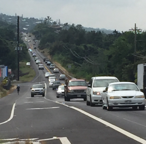 The not-empty roads on a Hawaiian Saturday morning. Corner of Lako Street and Mamalahoa Highway, Kailua Kona.